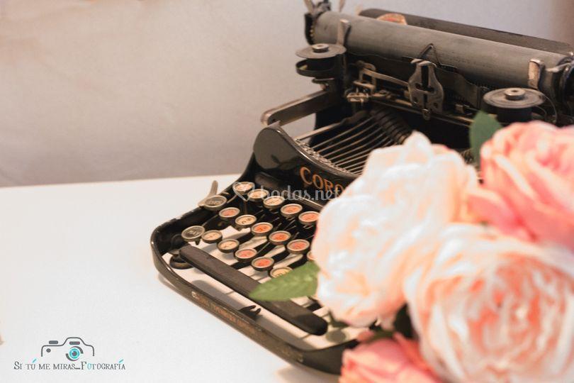Máquina de escribir de decoración