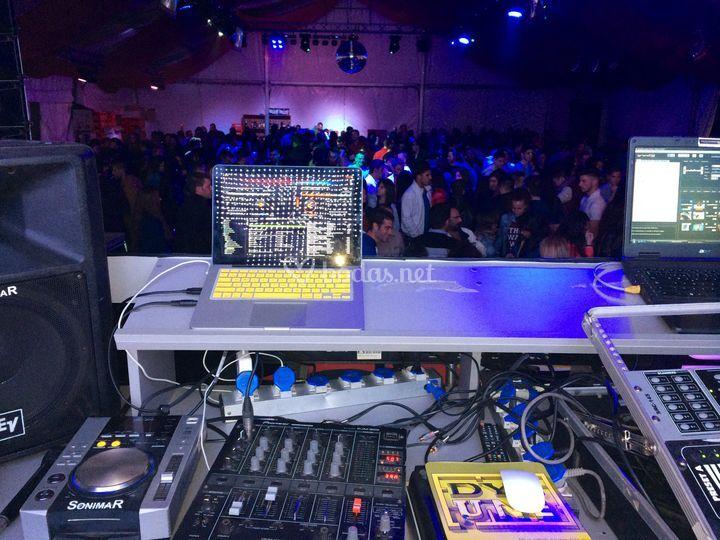 DJ Completo Carpas Cáceres