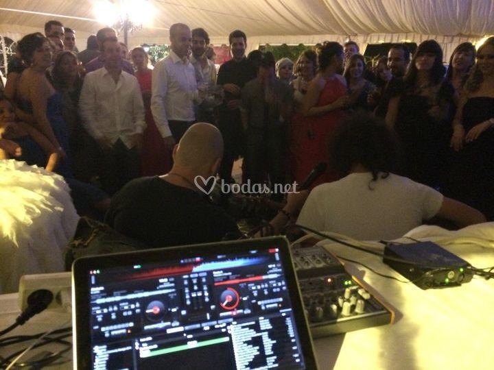 DJ Completo & Directos