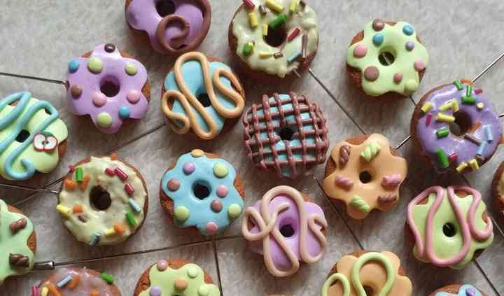 Alfileres dulces: donuts