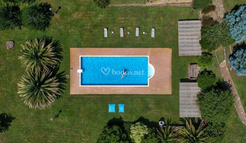 Foto aérea zona piscina