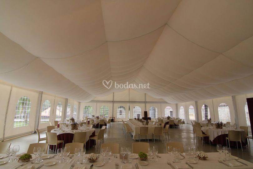 Interior boda 20x20 de Carpas Expandi
