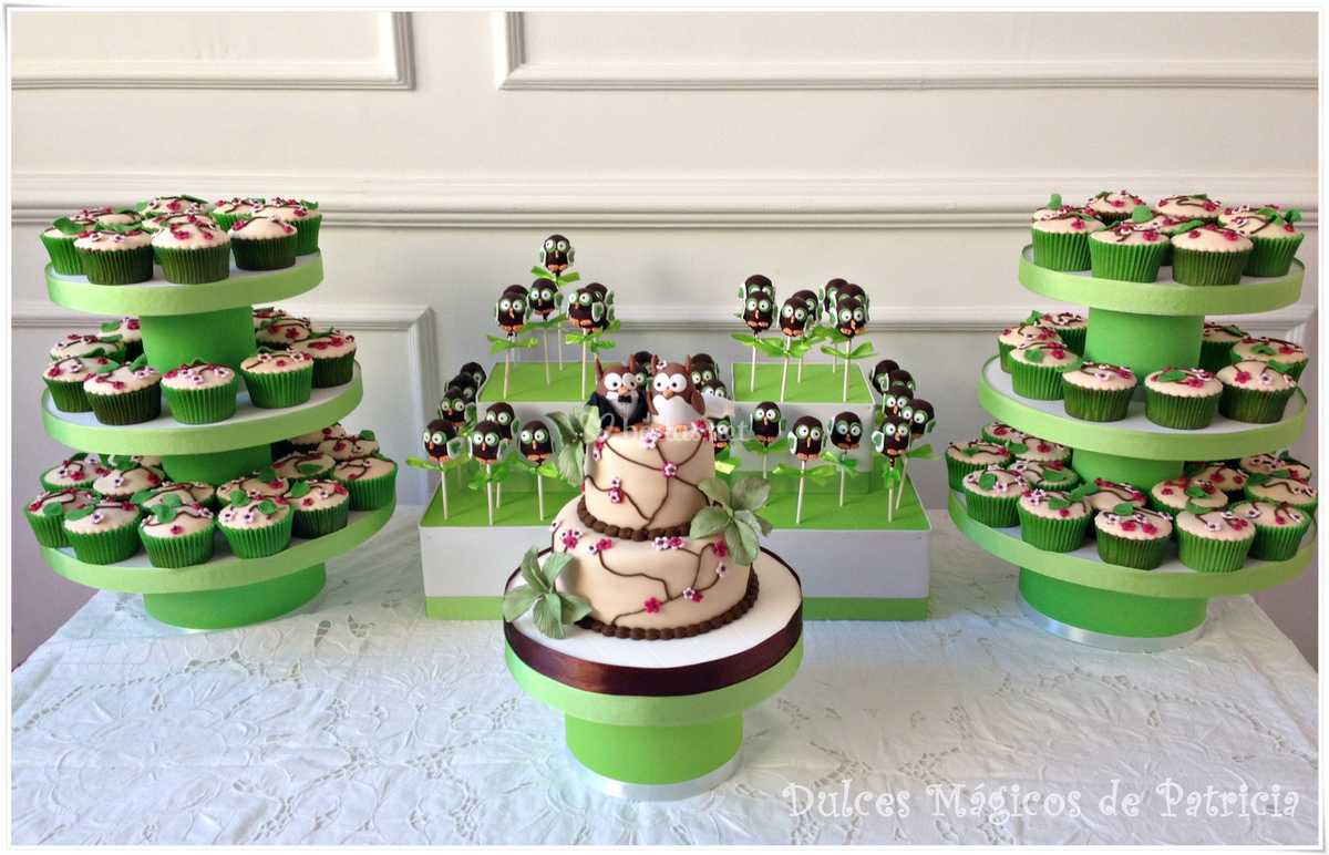 Mesa dulce boda búhos