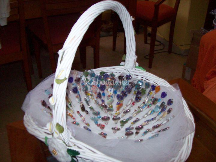 Con cestas de regalo