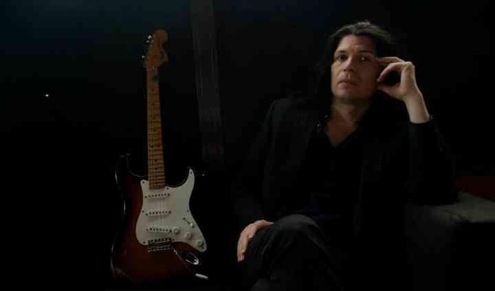 Manu - guitarrista