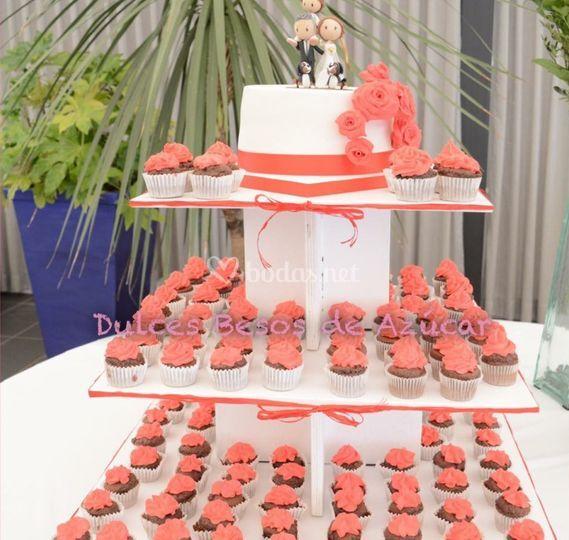Tarta + Cupcakes