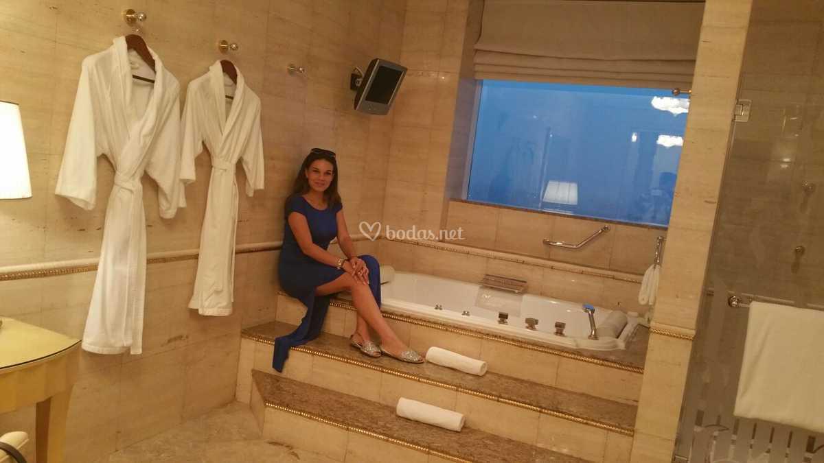 Dubai - Habitación 200m2