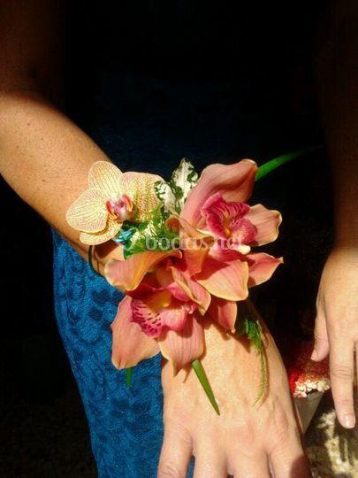 Pulsera de orquídeas cymbidium