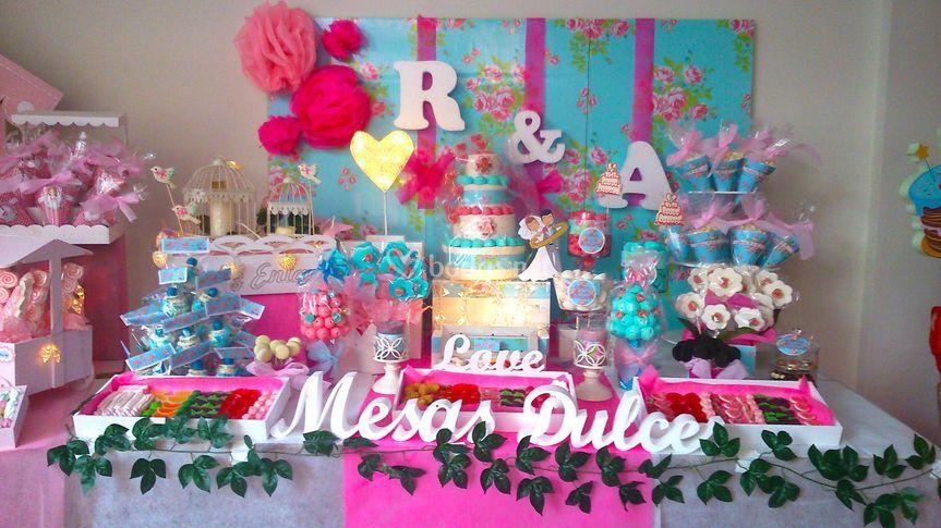 Mesa boda azul