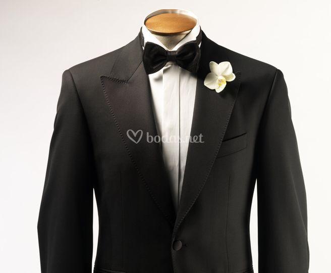 Diseño de vestido para novio
