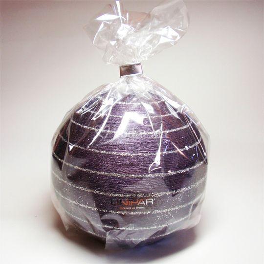 Vela detalle esfera violeta