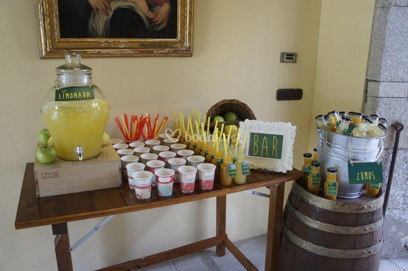 Rincón de limonada y zumos