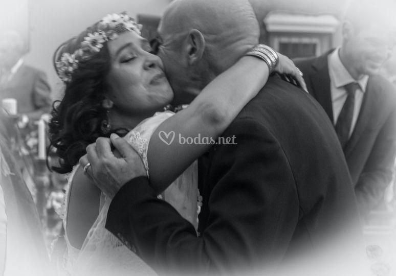 Beso de la novia