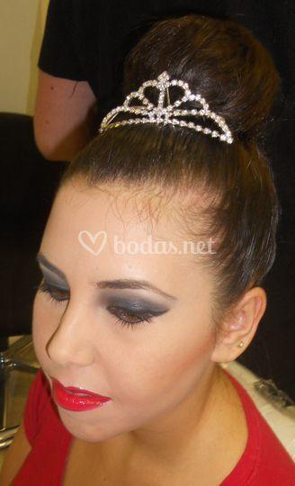 Peinado con corona