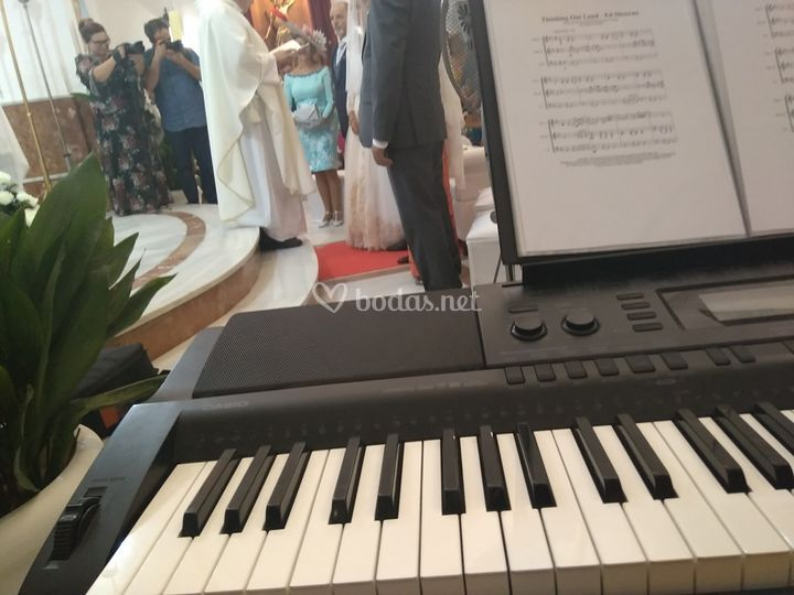 Piano en bodas