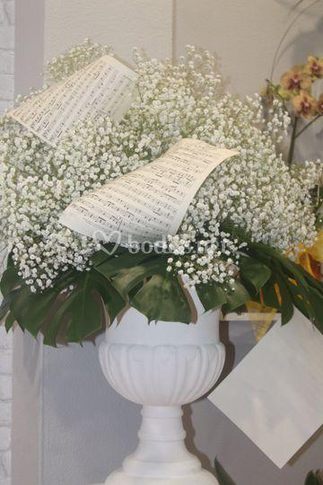 Plantas con detalles en blanco