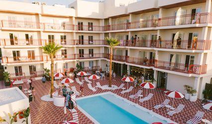 Romeo's Motel & Diner