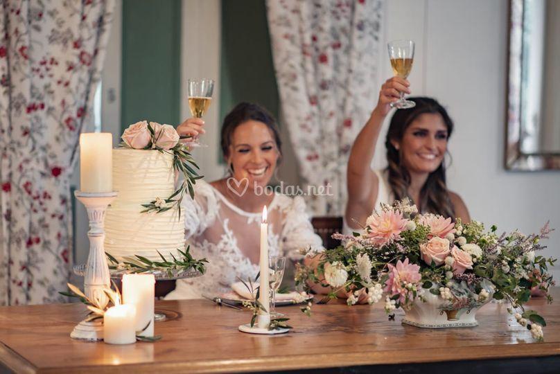 Tarta celebración novias