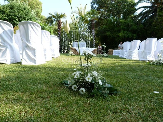 Boda civil en jardines