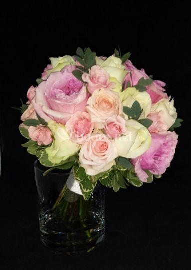 Buquet rosas variadas