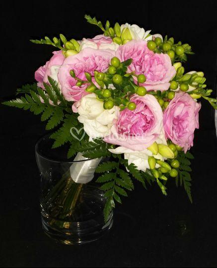 Ramo de rosas inglesas