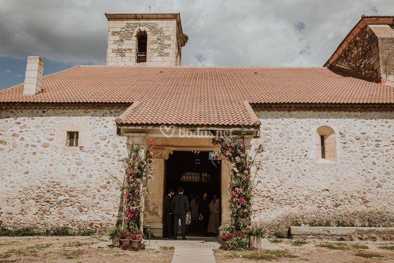 Arco de entrada a la iglesia