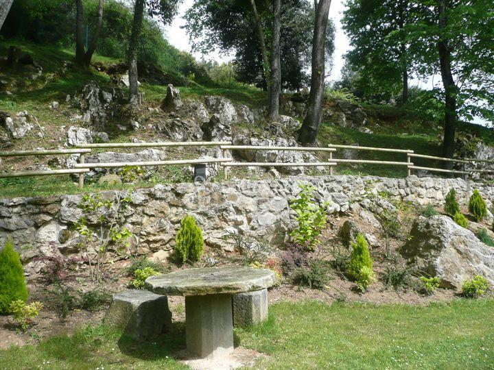 Casona el noval for Jardines de soraya
