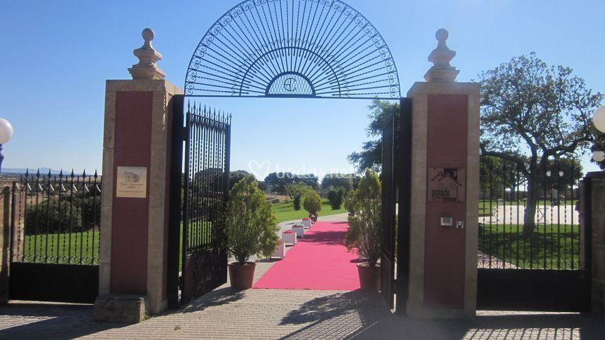 Entrada jardines de palacio