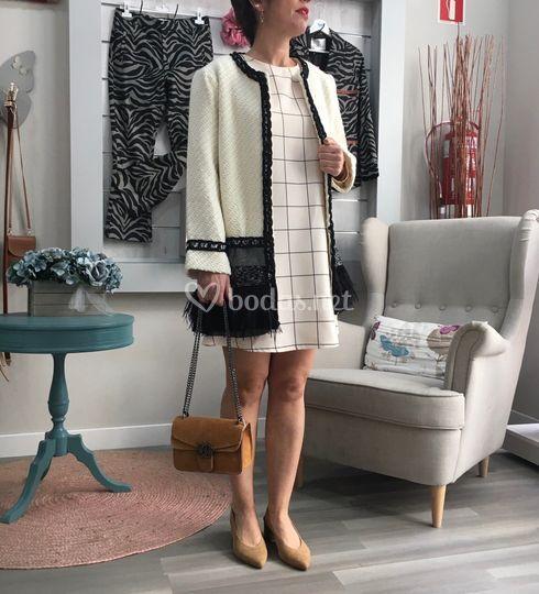 Look vestido más abrigo