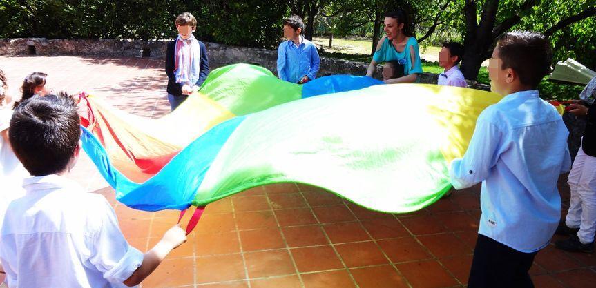 Juegos durante el aperitivo de Alegria Infantil Activity