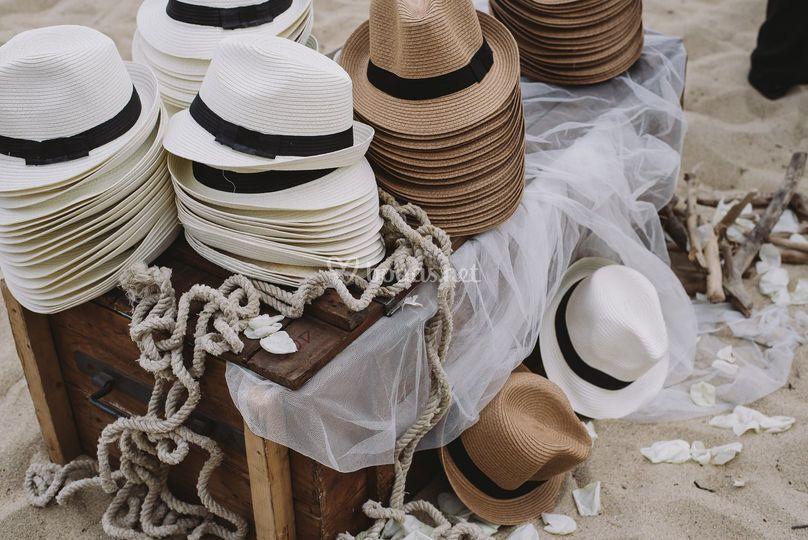 Sombreros para invitados