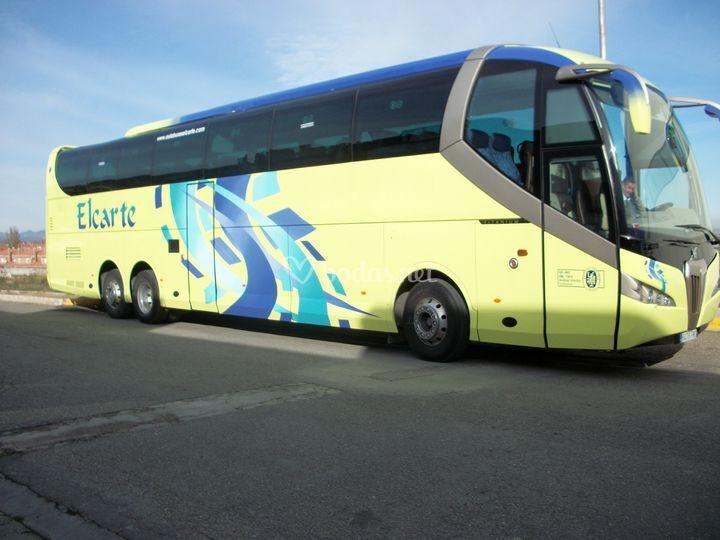 Autobús de 71 plazas