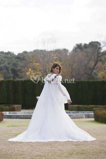 Abrigo de novia lino seda rústico