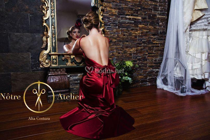 Vestido fiesta en saten rubi