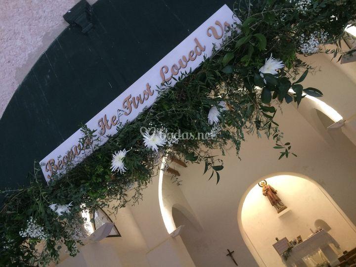 Arco floral de la ermita