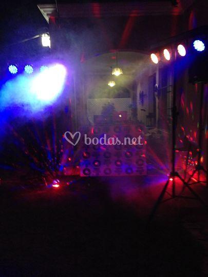 Juego de luces en una fiesta