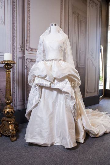 Falda de novia desmontable