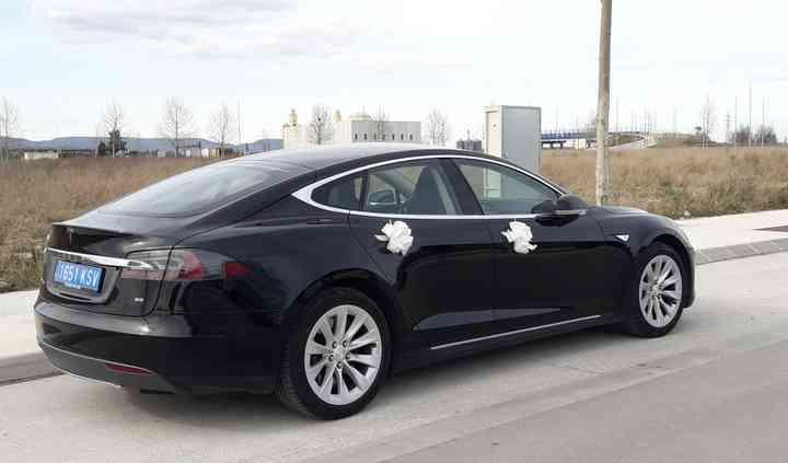 Tesla - bottom