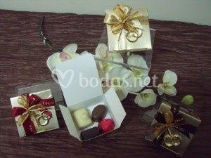 Ballotin 4 bombones + anillos