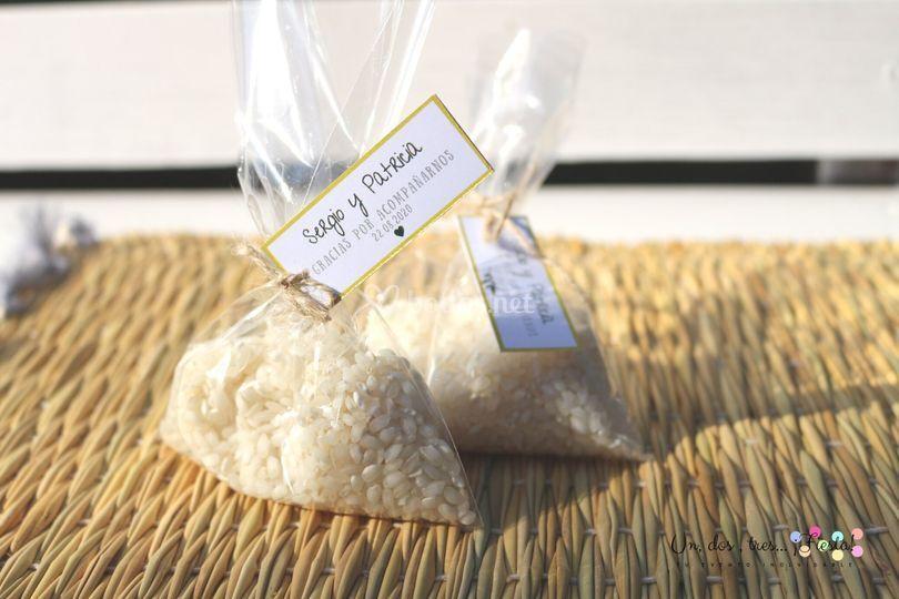 Saquitos de arroz. Olivo