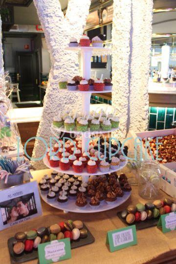 Stand mini cupcakes