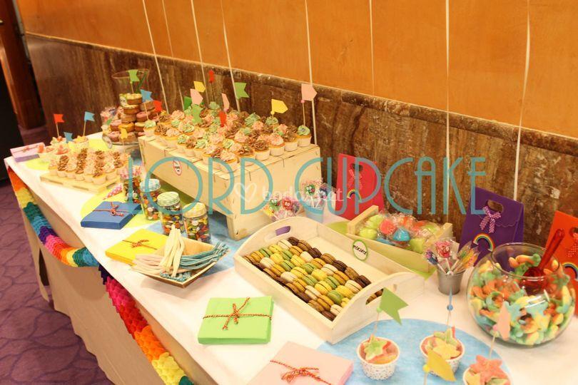 Mesa dulce de colores
