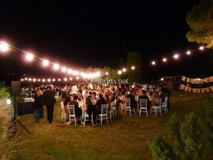 Iluminación de cenas al aire libre