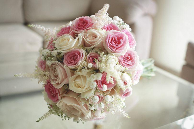 Ramo rosas variadas