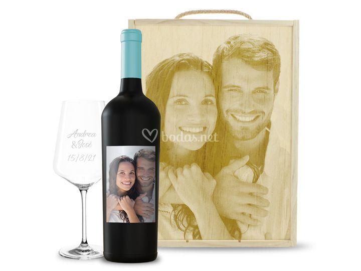 Kit de caja + copa + vino