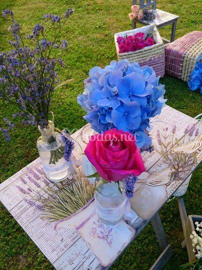 Atrezzo y flores