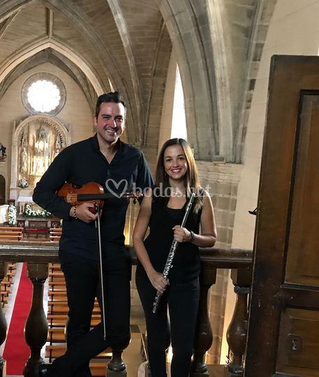 Violín, flauta y voz