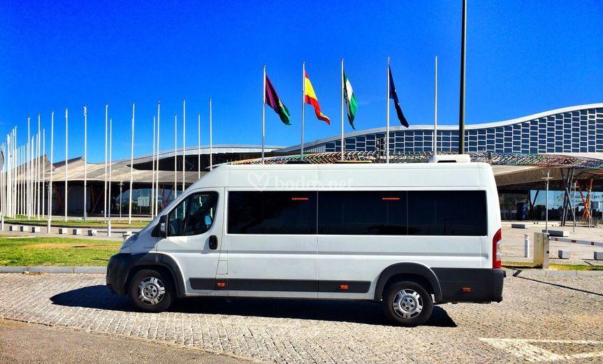 Microbús 15 + 1 plazas