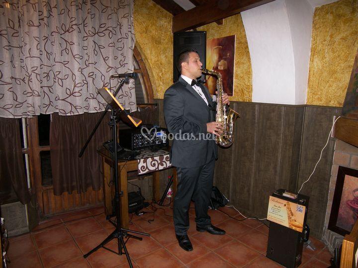 Saxofonista para bodas Jerez