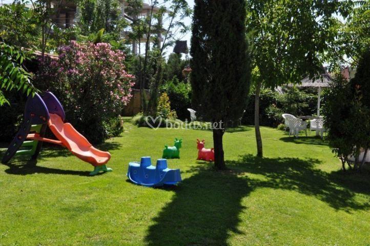 Hacienda las cavas for Jardines olmedo